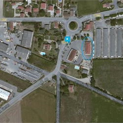 Location Local commercial Pusignan 100 m²