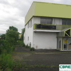 Location Local commercial Cournon-d'Auvergne 770 m²