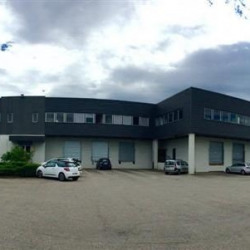 Location Entrepôt Saint-Laurent-de-Mure 3908 m²