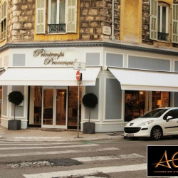 Location Local commercial Nice 128 m²