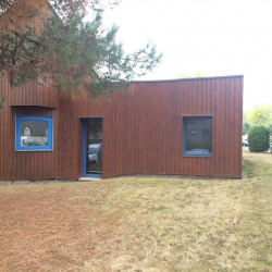 Location Bureau Auray 50,5 m²