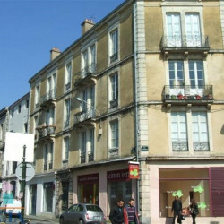 Location Local commercial Bayonne 98,09 m²
