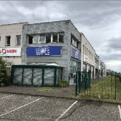 Vente Bureau Décines-Charpieu 210 m²