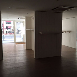 Location Local commercial Lyon 6ème 85 m²