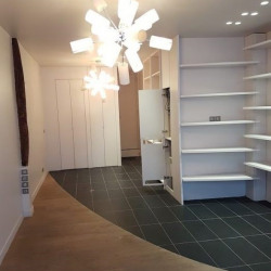 Location Local commercial Paris 10ème 39 m²