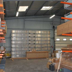 Location Local d'activités Saint-Mathieu-de-Tréviers 1002 m²