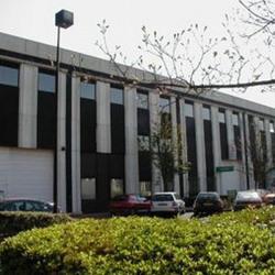 Location Local d'activités Verrières-le-Buisson 2139 m²