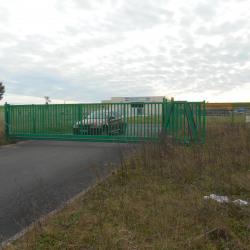 Location Local d'activités Morville-lès-Vic 1815 m²