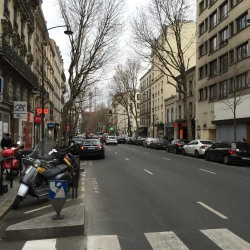 Location Local commercial Clichy 131 m²
