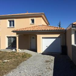 Maison  5 pièces + Terrain  550 m² Sainte-Consorce