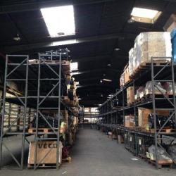 Vente Entrepôt Trappes 9482 m²