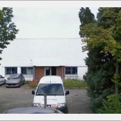 Location Local commercial Chassieu 560 m²