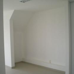 Location Bureau Varennes-Vauzelles 66 m²