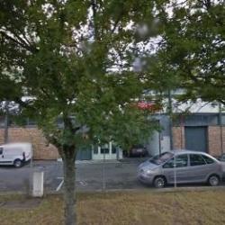 Location Local d'activités Guyancourt 140 m²