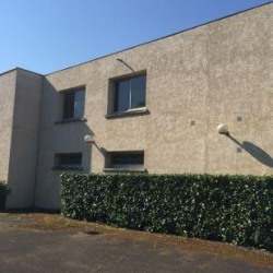 Vente Local d'activités Buc 1200 m²