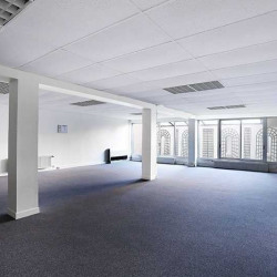 Location Bureau Courbevoie 685 m²