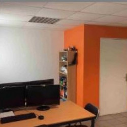 Location Bureau Nantes 64 m²