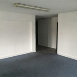 Location Bureau Saint-Laurent-du-Var 128 m²