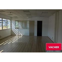Location Bureau Mérignac 90 m²