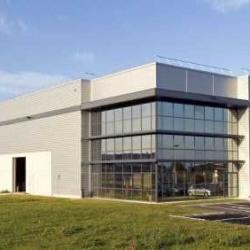 Location Entrepôt Meung-sur-Loire 10132 m²