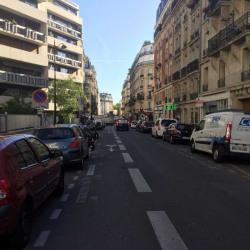 Location Local commercial Paris 18ème 60,61 m²