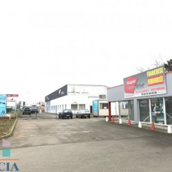 Location Local commercial Luisant 280 m²