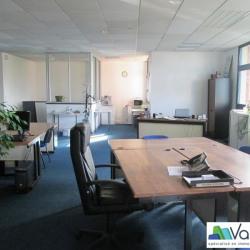 Vente Bureau Émerainville 310 m²