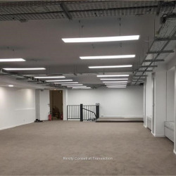 Location Bureau Paris 16ème 887 m²