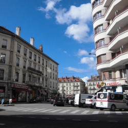 Location Local commercial Grenoble 40 m²