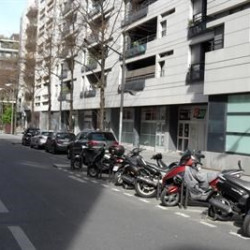 Location Local commercial Paris 15ème 44 m²