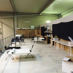 Location Local d'activités Stains 2038 m²