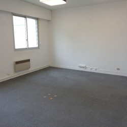Location Bureau Tours 92 m²