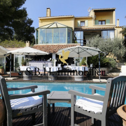 vente de prestige Maison / Villa 6 pièces Marignane