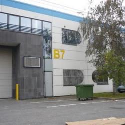 Location Bureau Le Thillay 911 m²