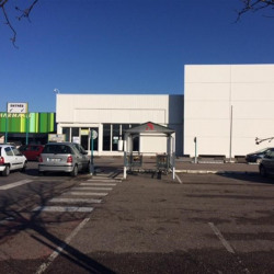Location Local commercial Woippy 1099 m²
