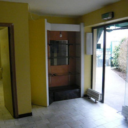 Location Local commercial Hayange 90 m²