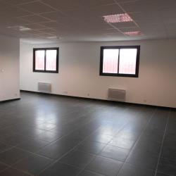 Location Bureau Fontenay-Trésigny 86 m²