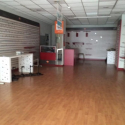Location Local commercial Cagnes-sur-Mer 84 m²