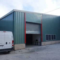Location Entrepôt La Garde 164 m²