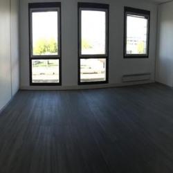 Location Bureau Montigny-le-Bretonneux 27 m²