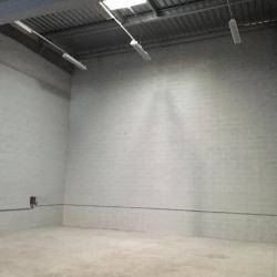 Location Local d'activités Montlhéry 288 m²