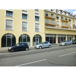 Location Local commercial Pau