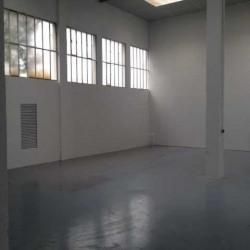 Location Entrepôt Colombes 894 m²