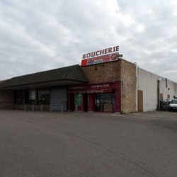 Vente Local commercial Épône 940 m²