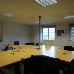 Location Bureau Bassens 245 m²