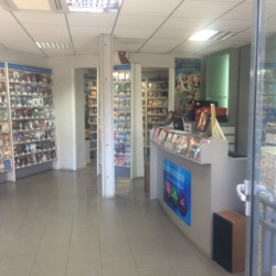 Location Local commercial Courbevoie 73 m²