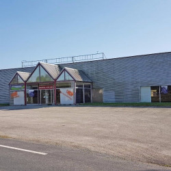 Vente Local commercial Guillac 1400 m²