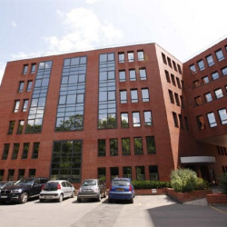 Location Bureau Meudon la Foret 3335 m²