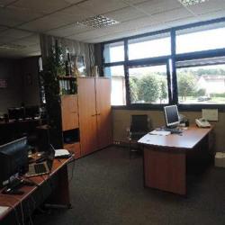 Location Bureau Émerainville 300 m²