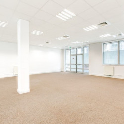 Location Bureau Massy 1458 m²